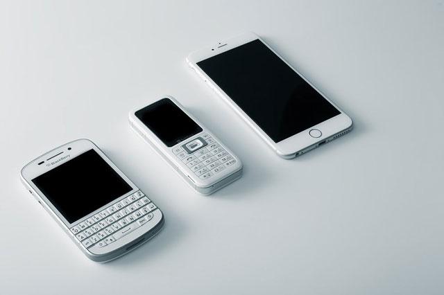 iPhoneよりらくらくスマホでしょ?人による価値観の違い